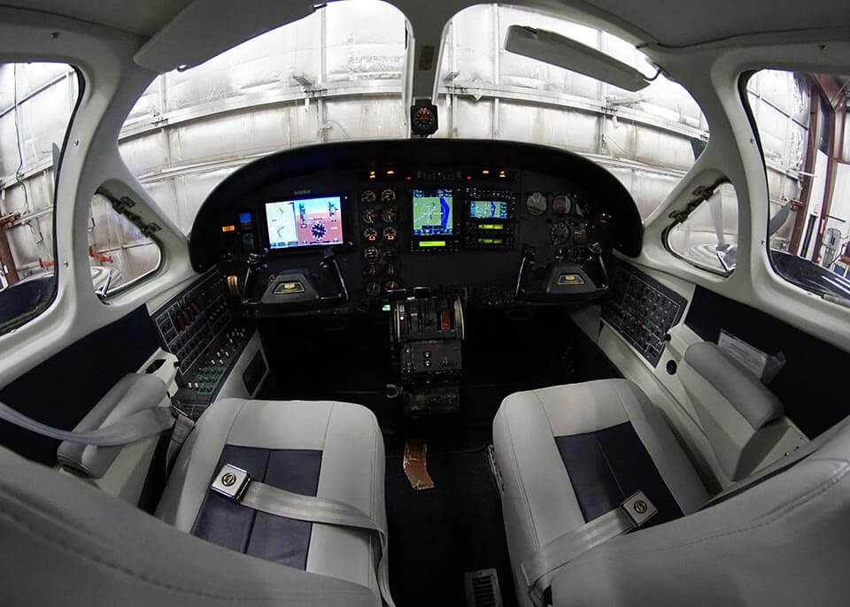 avionics-upgrade-sample-01-009
